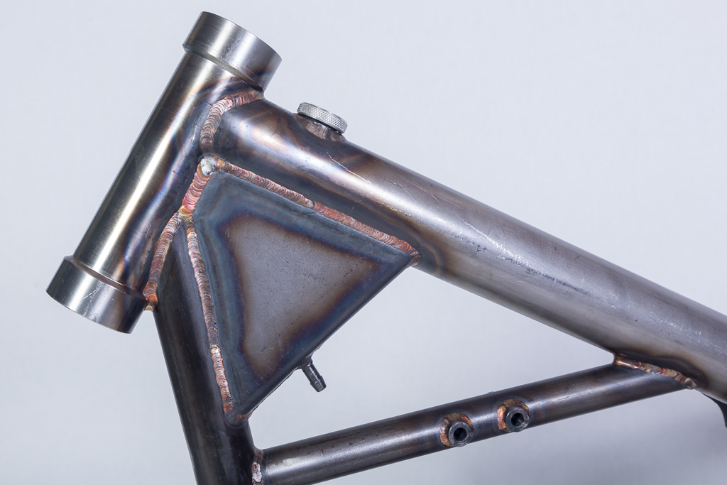 BZS Racing Parts - C&J frame met oliereservoir